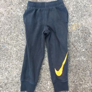 Toddler boys Nike sweatpants